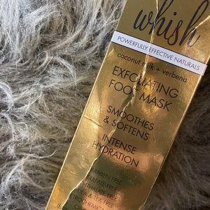 Whisk Exfoliating Foot Mask